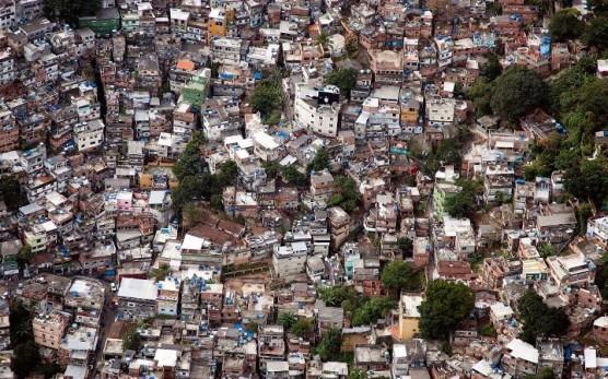 احياء ريو ديجينيرو الفقيرة في البرازيل